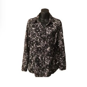 Lace effect blouse with a hint of silver shimmer